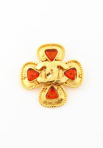 VINTAGE CHANEL BROOCHE