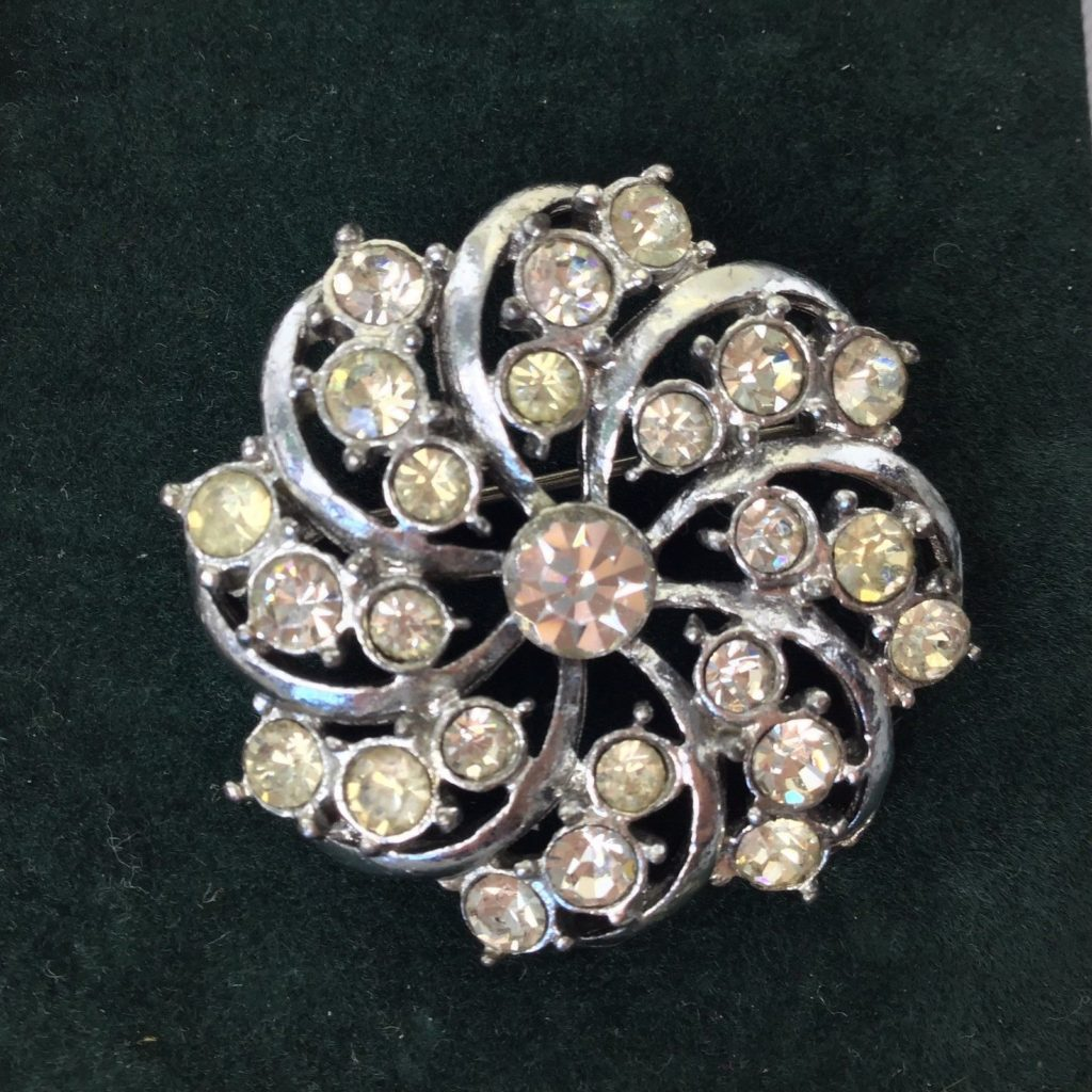 Vintage Brooch Pin 1960