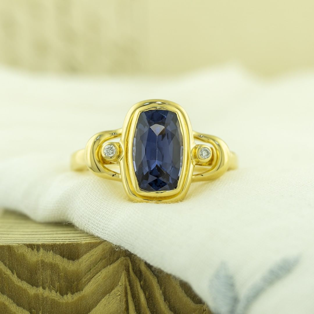 Blue spinel is the most elusive of the spinel colors. Some blue spinels rival red spinels in price. True blue is hard to find. Most of the blues are darker in tone. #zomacolor #bluespinel #spinel #gems #gemstonerings #rings #livelifecolorfully...