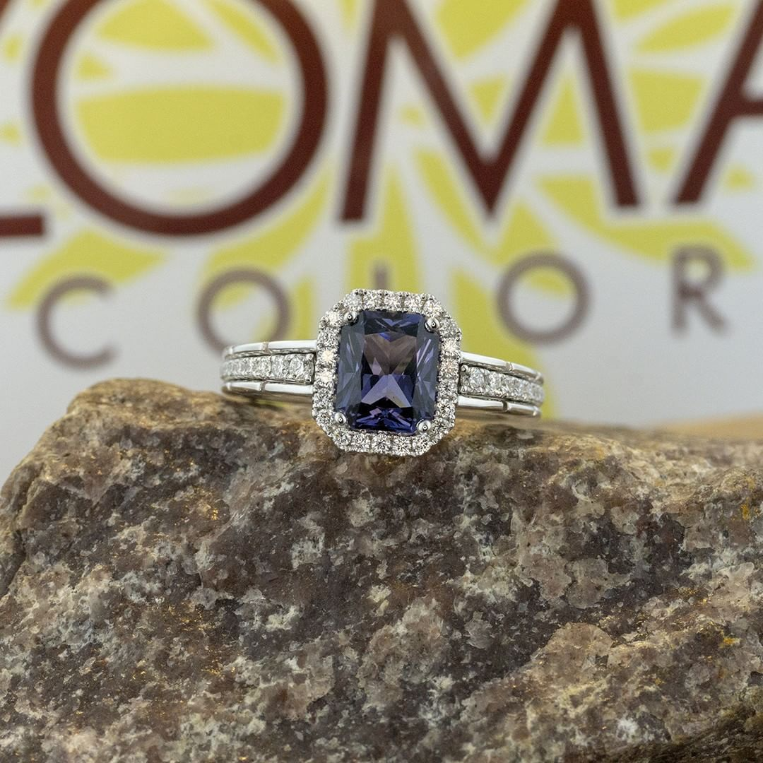 Monday blues breaker with a twist, blue spinel. Spinels come in every color but the most elusive are the blues and the reds. This one has a tinge of secondary purple, but still blue enough to wash the dreary Monday blues away! #zomacolor #rings...