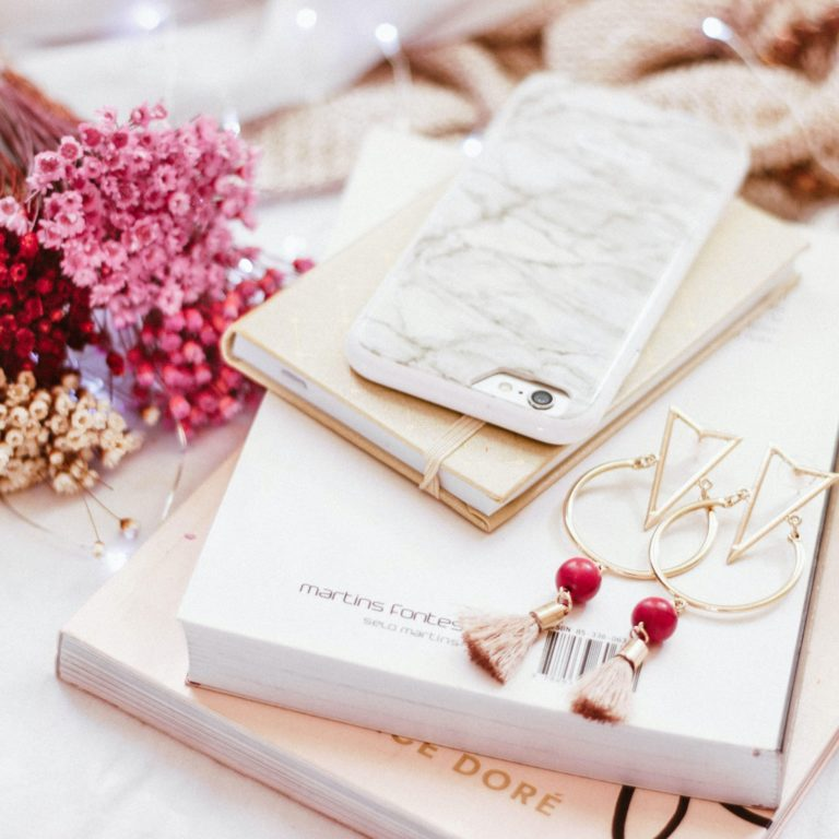 A pleasure to recover dirty jewelry with these easy and inexpensive cleaning tricks